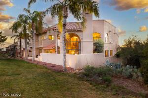 6560 N Turnberry Drive, Tucson, AZ 85718