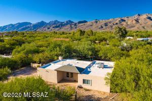 11225 E Quick Draw Place, Tucson, AZ 85749