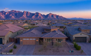 13614 N Palo Brea Way, Oro Valley, AZ 85755