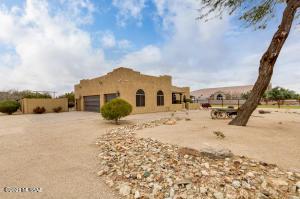 39533 N Kenworthy Road, San Tan Valley, AZ 85143
