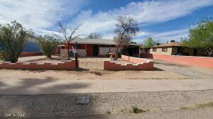 717 W Santa Paula Street, Tucson, AZ 85706