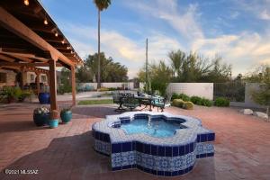 5345 N Foothills Drive, Tucson, AZ 85718