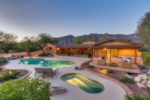 4830 E Camino La Brinca, Tucson, AZ 85718
