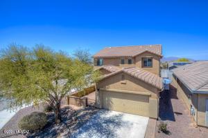 21556 E Governor Drive, Red Rock, AZ 85145