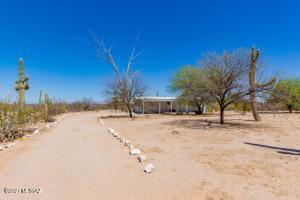 13242 N Flintlock Road, Marana, AZ 85653