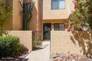 148 E Pastime Road, Tucson, AZ 85705