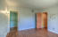 Primary bedroom with en suite bathroom & walk in closet!