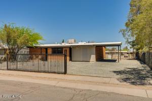 202 W Calle Garcia, Tucson, AZ 85706