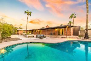 6211 N Camino De Santa Valera, Tucson, AZ 85718