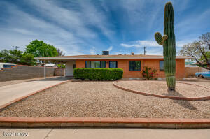 6712 E 39th Street, Tucson, AZ 85730