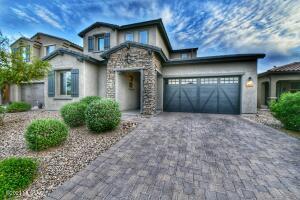 975 W Baccata Court, Oro Valley, AZ 85755