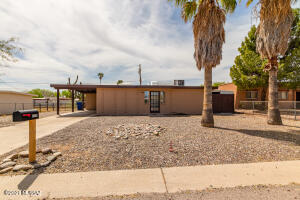 8310 E Louise Drive, Tucson, AZ 85730