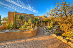 7755 N Ancient Indian Drive, Tucson, AZ 85718