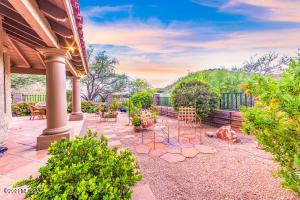 6421 N Vía Divina, Tucson, AZ 85750