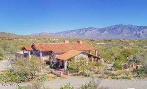 1500 W Turtle Dove Drive, Tucson, AZ 85755