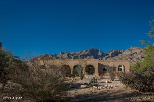 4111 E Skyline Drive, Tucson, AZ 85718