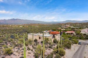 5050 W Monte Carlo Drive, Tucson, AZ 85745
