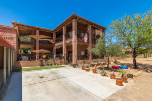 16655 N Swan Road, Tucson, AZ 85739