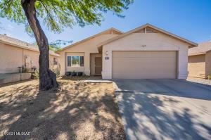 9454 E Stonehaven Way, Tucson, AZ 85747