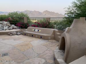 10600 N Thunder Hill Place, Tucson, AZ 85737