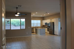 2508 W Music Mountains Drive, Green Valley, AZ 85622