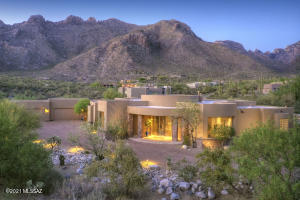 1593 E Sahuaro Blossom Place, Tucson, AZ 85718