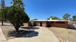 7238 E Montecito Drive, Tucson, AZ 85710
