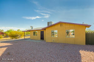 2201 N Los Altos Avenue, Tucson, AZ 85705