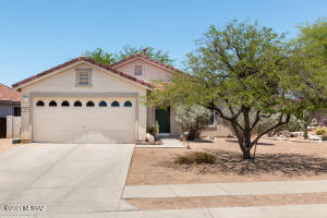 624 W Red Barberry Drive, Oro Valley, AZ 85755