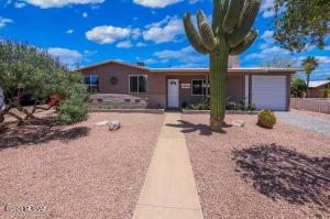 8277 E Cooper Place, Tucson, AZ 85710