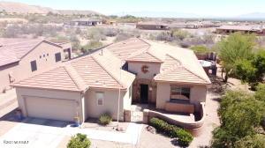 978 W Bosch Drive, Green Valley, AZ 85614
