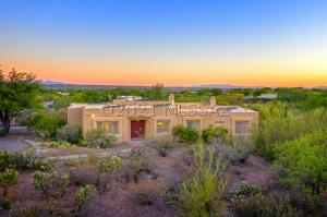 3147 N Fennimore Avenue, Tucson, AZ 85749