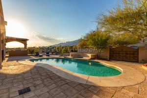 5790 E Paseo Cimarron, Tucson, AZ 85750