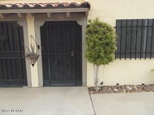106 W Calle Del Tiempo, Green Valley, AZ 85614