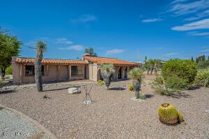 4304 N Camino Vinorama, Tucson, AZ 85750