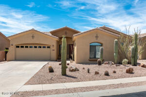 13211 N High Hawk Drive, Marana, AZ 85658