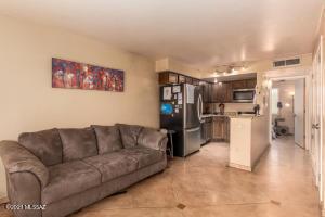 55 N Cherry Avenue, 210, Tucson, AZ 85719