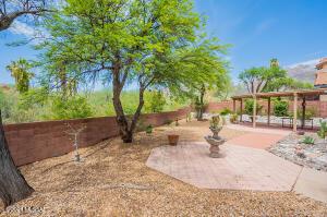 5565 N Barrasca Avenue, Tucson, AZ 85750