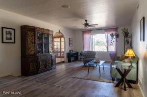 5463 N Stonehouse Place, Tucson, AZ 85750