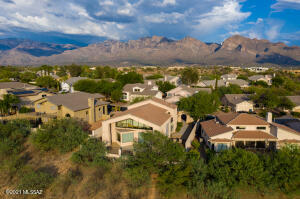 11139 N Olympic Place, Oro Valley, AZ 85737