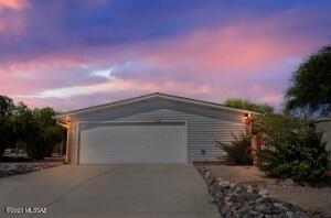 5300 N Whispering Hills Lane, Tucson, AZ 85704