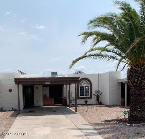 366 N Calle Del Chancero, Green Valley, AZ 85614