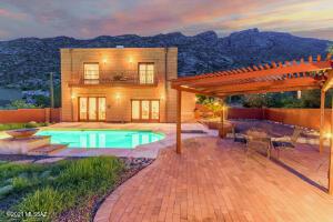 4520 E Ina Road, Tucson, AZ 85718