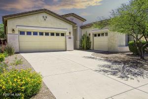 4698 W Cholla Bluff Drive, Marana, AZ 85658