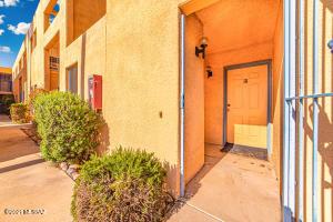 3800 E 2nd Street, 111, Tucson, AZ 85716