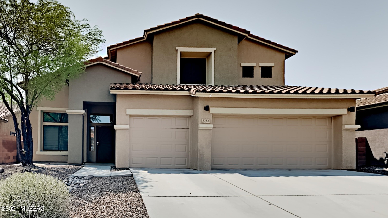 8282 N Rocky Brook Drive, Tucson, AZ 85743