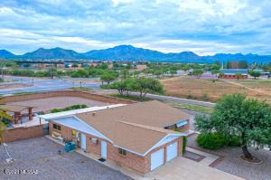 371 S Holcomb Place, Vail, AZ 85641