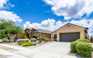 Beautiful Enchantment Model home with no rear neighbors!