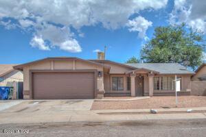 5813 S Mahan Drive, Tucson, AZ 85746