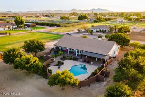 39791 Country Lane, San Tan Valley, AZ 85143